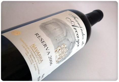Botella del vino Fernández de Arcaya Reserva.