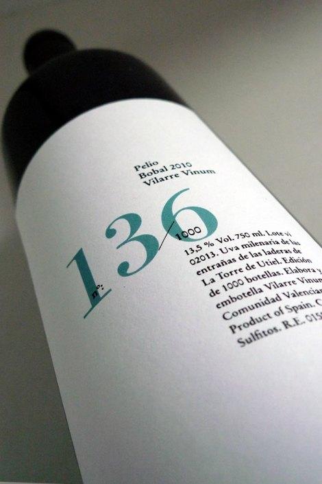 Botella de vino Pelio