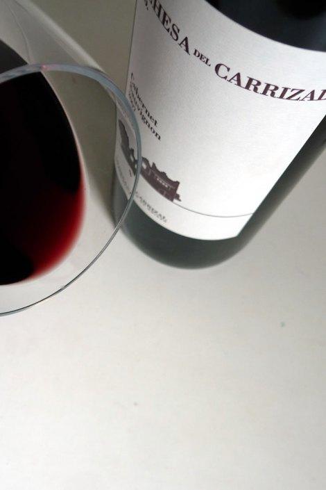 Detalle del ribete del vino.