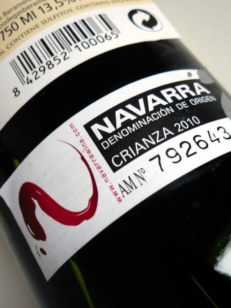 Sello de la D.O. Navarra en las botellas de Beramendi Crianza.