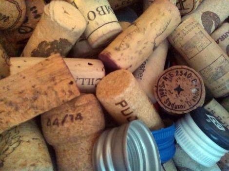 Diferentes tapones para el vino.