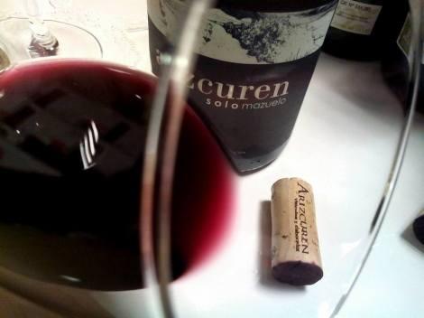 El precioso color del vino Arizcuren Solomazuelo.