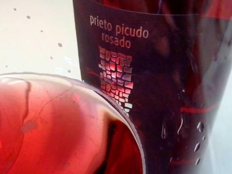 Detalle de la aguja del vino 3 Palomares Rosado Prieto Picudo.