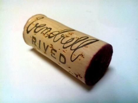 El tapón de corcho del vino L´Alleu 2013.