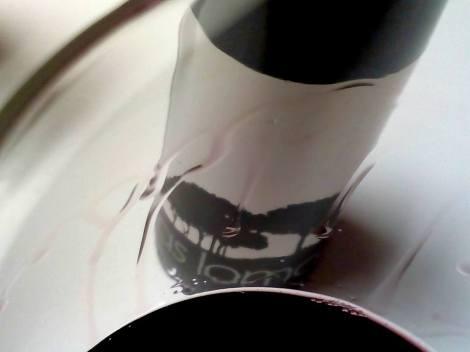 Detalle de la lágrima del vino Las Lomas 2013.