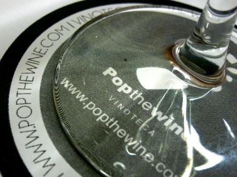 Detalle del mantel que utilizamos para posar la copa en la cata Las Uvas Olvidadas.