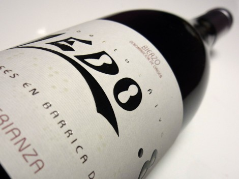 Botella del vino Ledo.8 Crianza, D.O. Bierzo.