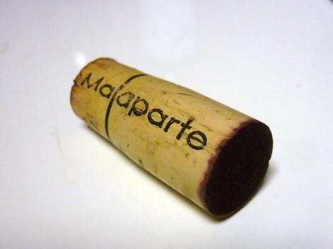 El tapón de corcho del vino Malaparte 2009.