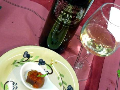 Pezat Sauvignon Blanc y el atún.