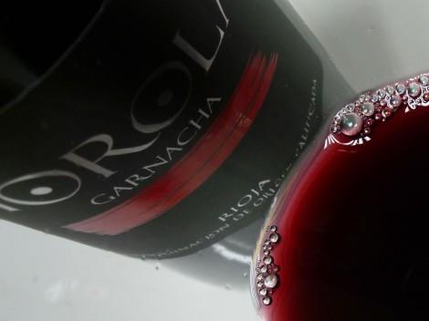 Detalle del vino Horola Garnacha en la copa.