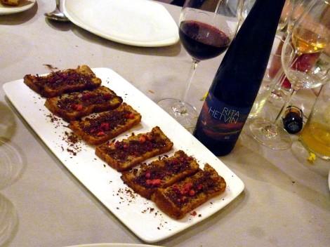 Rita Hetvin y chocolate con sal y aceite de oliva virgen extra.