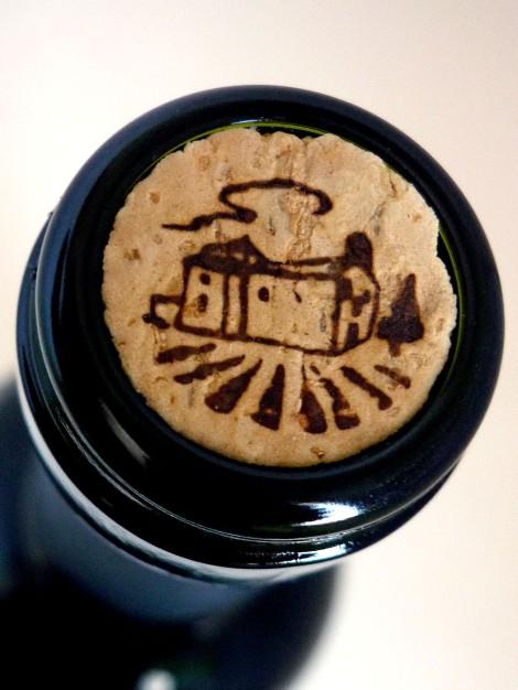 Detalle del tapón del corcho en la botella.
