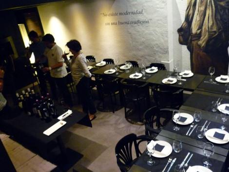 La actividad tuvo lugar en el Restaurante Aralar den la calle Castillo de Amaya en Pamplona.