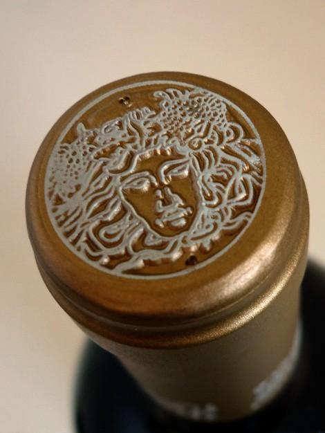 Detalle de la cápsula del vino Pago de Larrainzar Reserva Especial 2009.