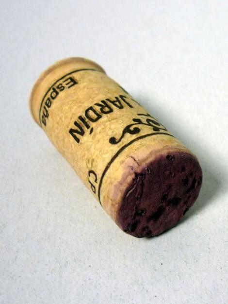 Detalle del tapón de corcho del vino 1 Pulso 2011.