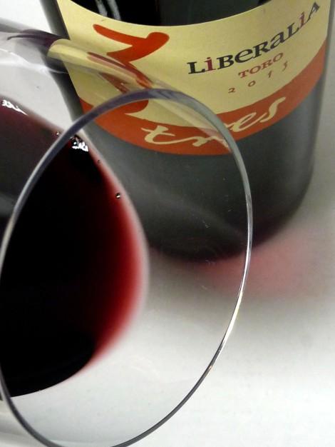 El ribete del vino Liberalia 3.