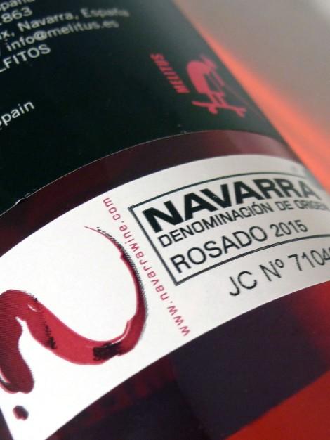 Sello de la D.O. Navarra en la botella de Mel Lita Rosado.