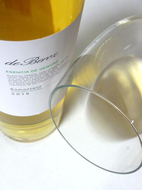 Tonos acerados del vino Esencia de Gewurz.