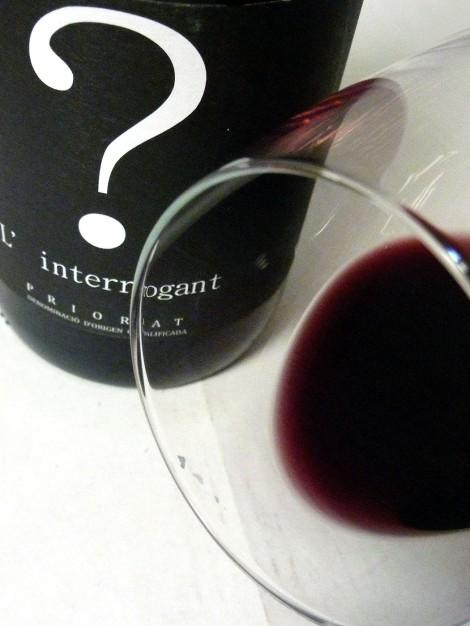 Detalle del ribete del vino L´Interrogant.