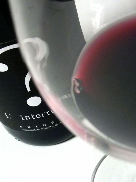 El vino. L´Interrogant en la copa