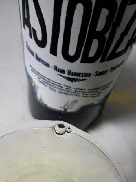 El chacolí Astobiza en la copa.