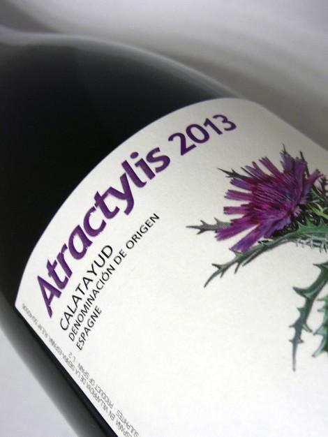 Etiqueta de Atracylis 2013 en la botella.
