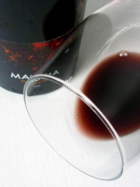 Detalle del ribete del vino Magma de Cráter.