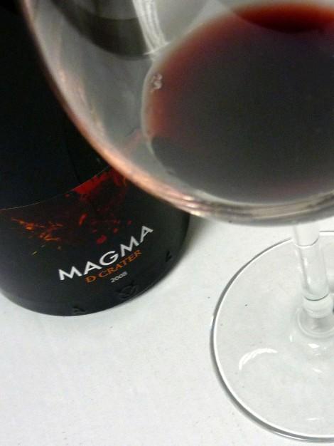 Magma de Cráter, el vino en la copa.