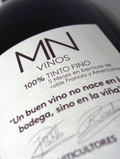 Contra-etiqueta del vino MN Ribera del Duero.