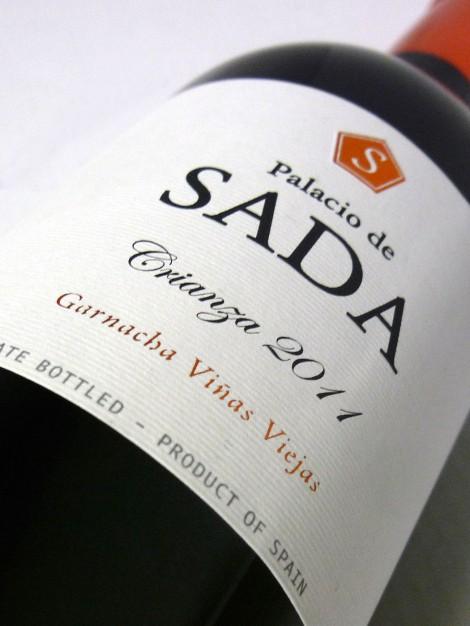 Etiquetado del vino Palacio de Sada Crianza 2011.