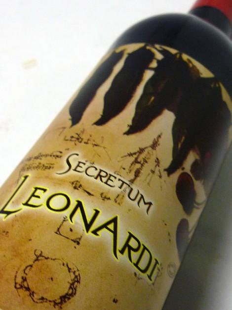 Etiqueta del vino Secretum Leonardi Tinto Roble.