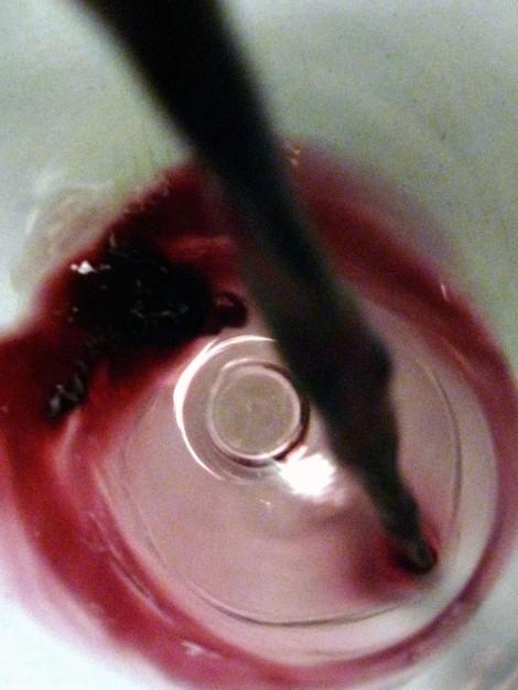 Secretum Leonardi Tinto siendo servido en la copa.