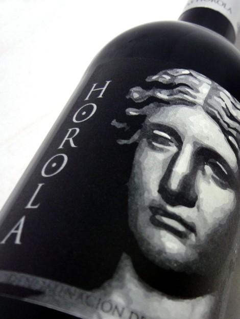 El etiquetado del vino Horola.