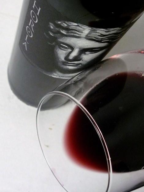 El vino Horola en la copa.