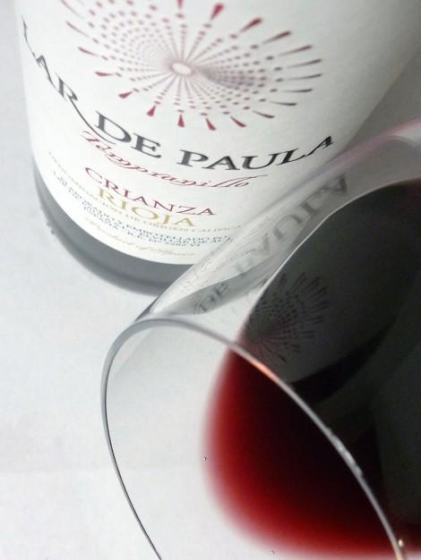 Detalle del ribete del vino Lar de Paula Crianza.