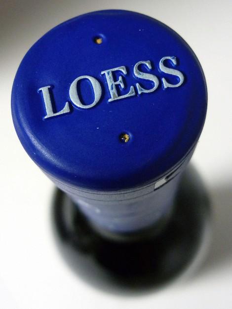 Detalle de la cápsula del vino Loess Ribera del Duero.