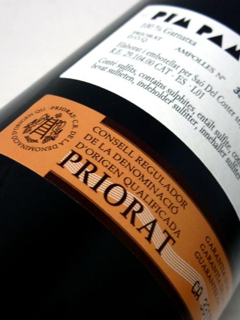 Sello de la D.O.Ca. Priorato en la botella de Pim Pam Poom.