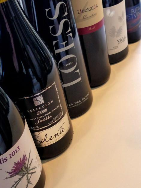 Los vinos que se bebieron en la cena en el orden que se ofrecieron.