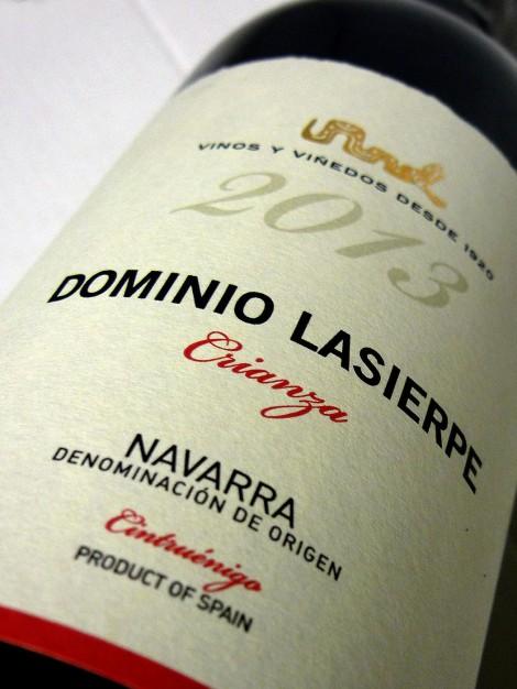 Etiquetado del vino Dominio Lasierpe Crianza.