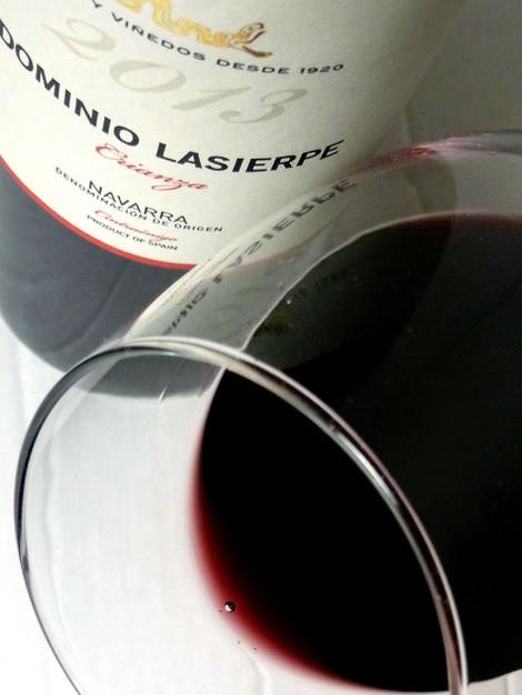 El ribete del vino Dominio Lasierpe Crianza.