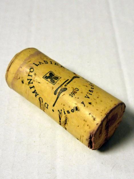 Detalle del tapón de corcho del vino Dominio Lasierpe Crianza.