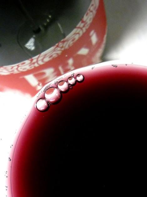 Detalle del color del vino Byvi.