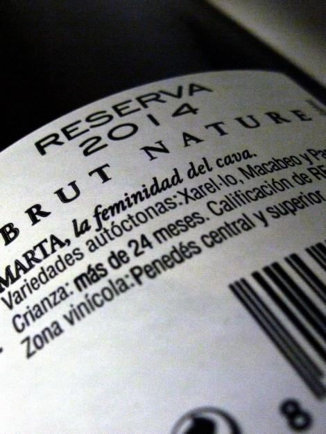marta_reserva_brut_nature_detalle_contra_etiqueta_cava