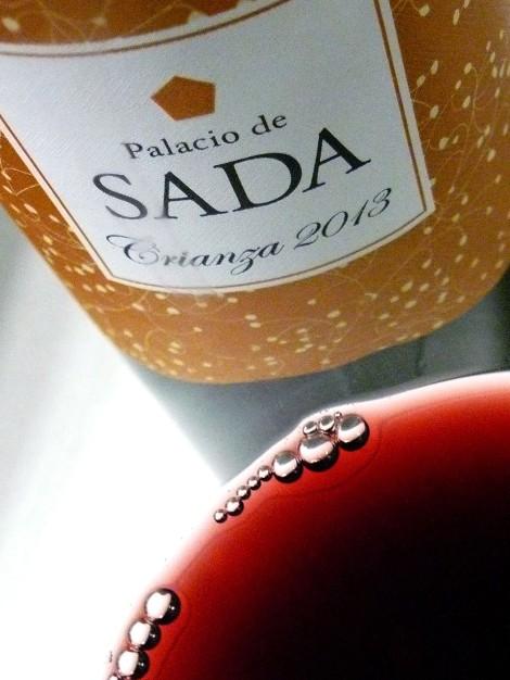 palacio_de_sada_crianza_2013_color_vino