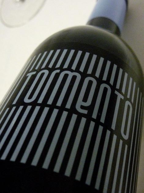 tormento_etiqueta_botella_vino