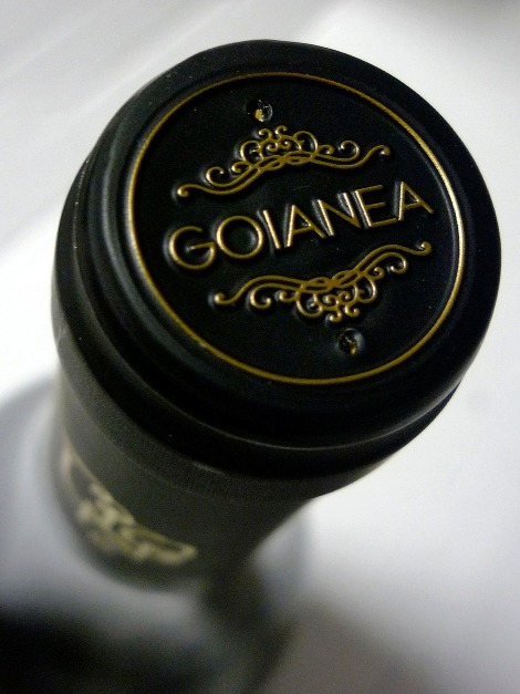 chacoli_uno_capsula_botella