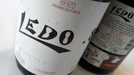 Etiquetado del vino Ledo.8 Crianza.