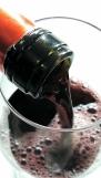 Servicio del vino Batán de Salas Merlot