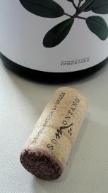 Tapón del vino Batán de Salas Merlot.