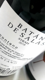 Contra etiqueta del vino Batán de Salas Syrah.